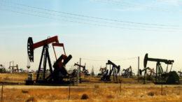 Quotazioni petrolio in rialzo, superati i 61$