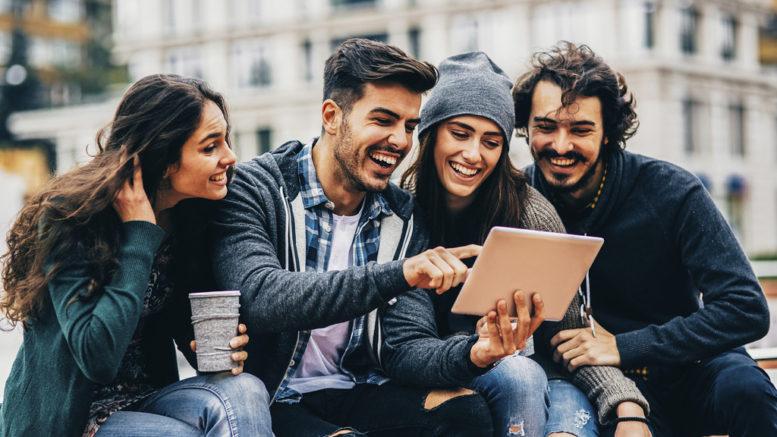 Millennials, la generazione che incrementerà il Pil. All'estero.