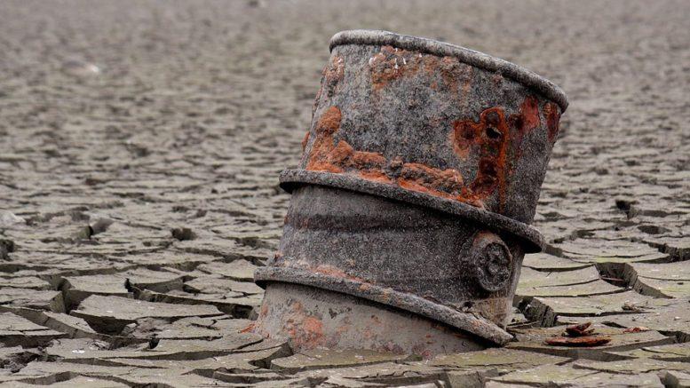 Prezzo petrolio -3%: le cause del trend ribassista