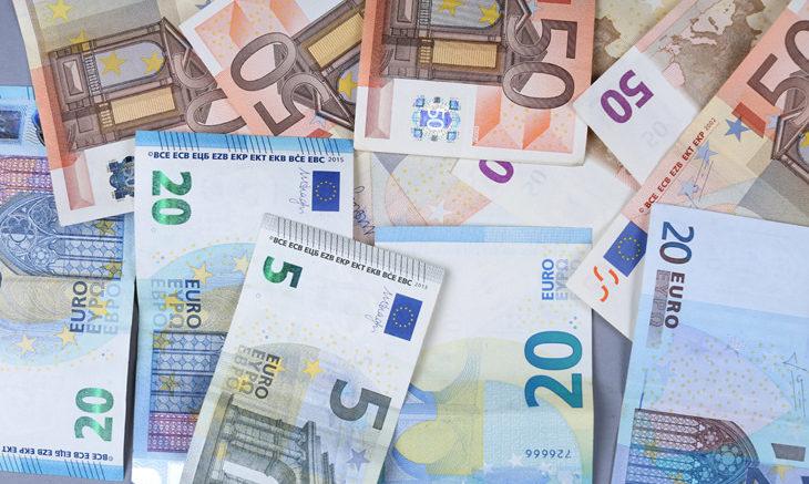 Cross Euro/Dollaro in discesa: conferma del trend ribassista?