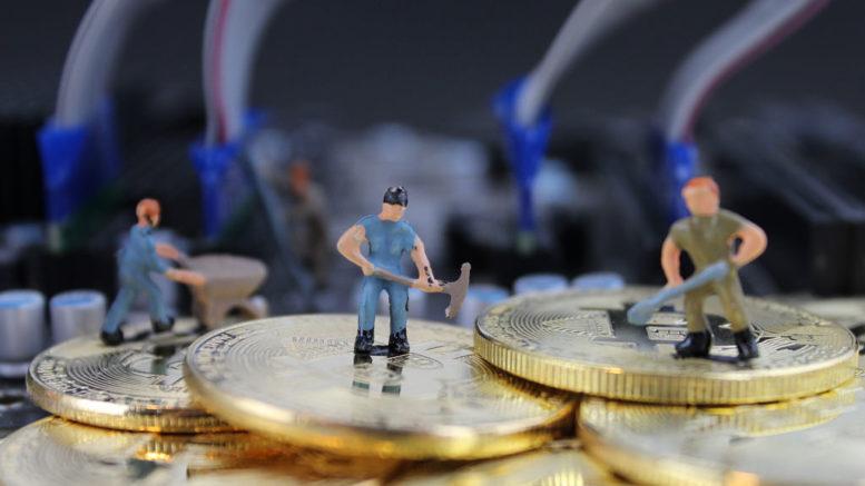 Bitcoin: ecco come si svolgerà il programma di dimezzamento mining